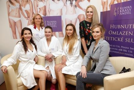 Celebrity se připravují do plavek na Klinice krásy Anděl 2017